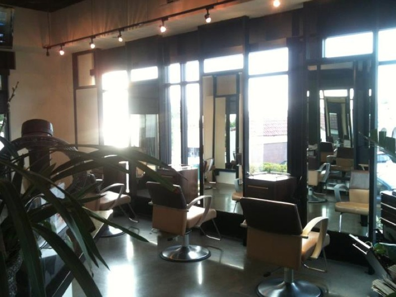 Laguna Beach hair salon for local and tourist: Visit Laguna Beach